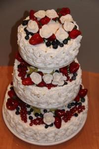 Свадебный торт с фруктами-шаг 1