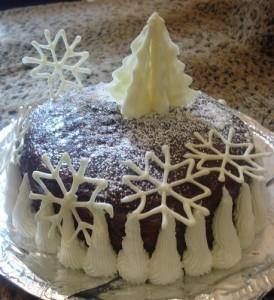 Новогодний торт «Снежные вершины» со сливочным кремом