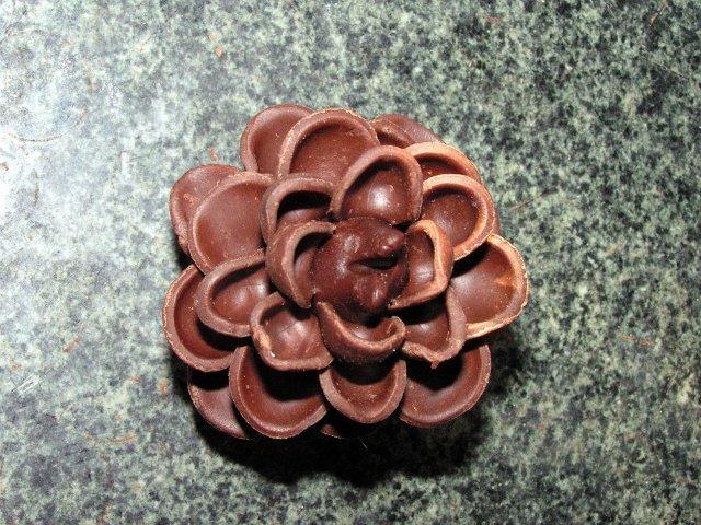 Шоколадные украшения - шишки (второй мастер-класс) Рецепты тортов, пошаговое приготовление с фото