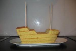 Торт из мастики для детей – Пиратский корабль-шаг 3