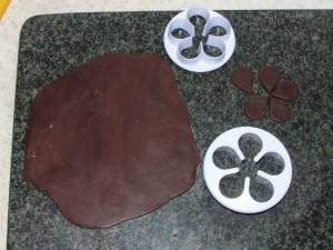 Шоколадные украшения – шишки (второй мастер-класс)-шаг 3
