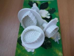 Плунжеры для мастики – как ими пользоваться