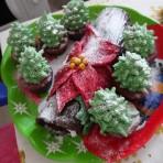 Рождественский торт Полено с елочками – сказочное чудо!