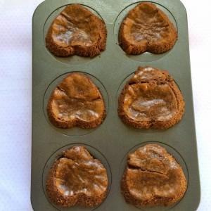 Украшения мастикой пирожных – мастер-класс - как просто и быстро можно эффектно и изысканно украсить мастикой торты и пирожные, подробное описание с фото-шаг 2