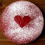 Торт на День Валентина Алое сердце