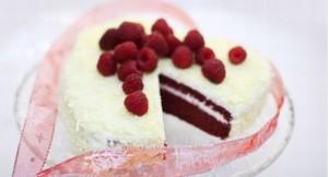 Бисквитный торт Сердце ко дню влюбленных-шаг 5