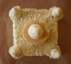Детский торт Замок для принцессы. Торт из мастики – мастер-класс-шаг 1