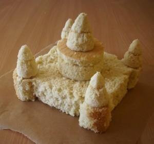 Детский торт Замок для принцессы. Торт из мастики – мастер-класс-шаг 2