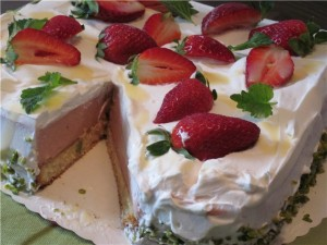 Торт с ревенем и кремом из маскарпоне Весеннее настроение