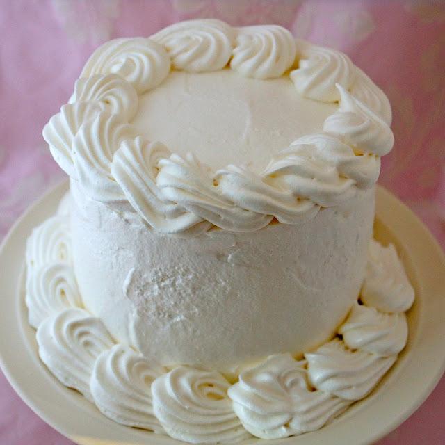 Как сделать золотистый крем для торта
