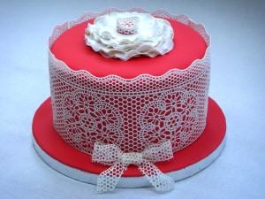 Айсинг (королевская глазурь) – как украсит торт. Видео