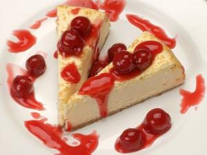 Вишневый торт с ванильным ароматом