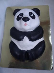 Животные из мастики – панда. Видео-рецепт-шаг 4