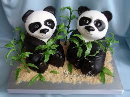 Животные из мастики – панда. Видео-рецепт-шаг 3