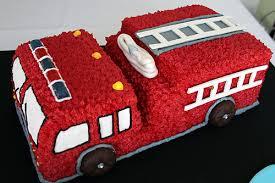 3D торт Пожарная машина – видео-рецепт-шаг 4