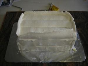 3D торт. Торт из мастики Детская кроватка-шаг 7