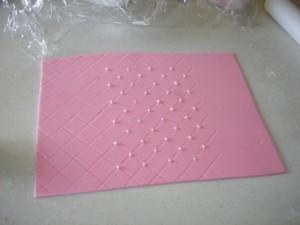 3D торт. Торт из мастики Детская кроватка-шаг 15