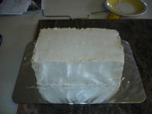 3D торт. Торт из мастики Детская кроватка-шаг 6