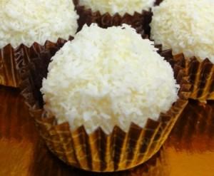Пирожные Рафаэлло – простой рецепт приготовления