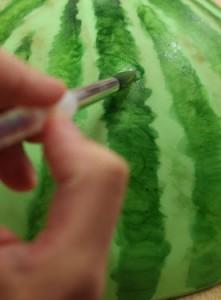 Торт из мастики Арбуз. Мастер-класс-шаг 4