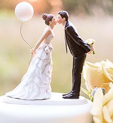 Фигурки на свадебный торт. Забавные фигурки жениха и невесты-шаг 7
