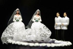 Фигурки на свадебный торт. Забавные фигурки жениха и невесты-шаг 5