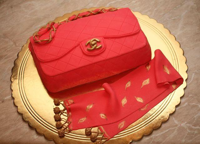 Красивые торты в виде сумок фото