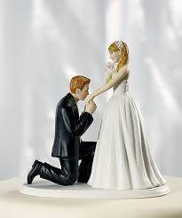 Фигурки на свадебный торт. Забавные фигурки жениха и невесты-щаг 4