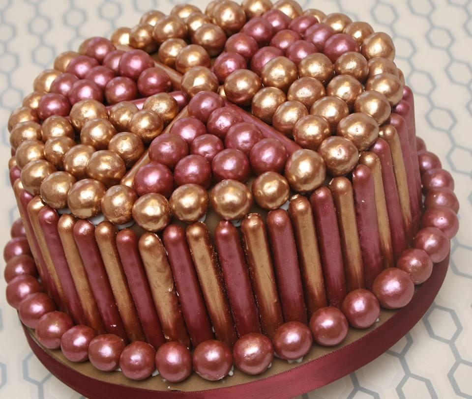 Как украсить торт мастикой: пошаговые инструкции, фото, видео и 81