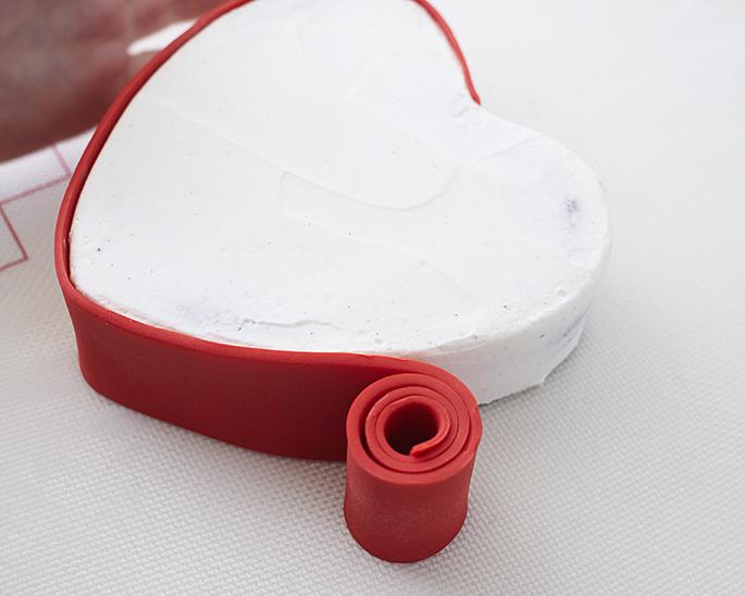 Как сделать коробку из мастики