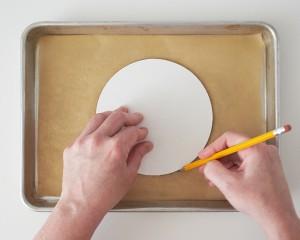 Торт из мастики Чайник – мастер-класс-шаг 1