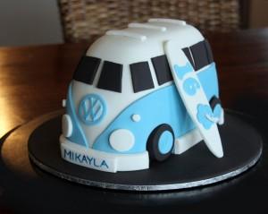 3D торт Автобус. Как украсить детский торт – мастер-класс