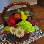 Украшения для торта. Делаем фрукты из миндального теста – видео