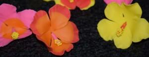 Цветы из мастики – делаем гибискус. Мастер-класс-шаг 5