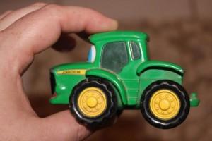 3 D торт Трактор. Как сделать 3D торт для мальчика-шаг 7