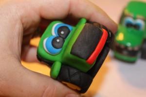 3 D торт Трактор. Как сделать 3D торт для мальчика-шаг 6