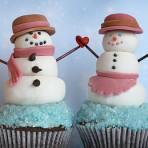 Фигурки из мастики – снеговик. Видео-шаг 1