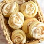 Пирожные с кремом-безе Розочки