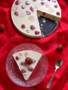 Творожно-фруктовый торт без выпекания