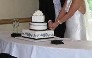 Как украсить свадебный торт – история одного торта-шаг 7