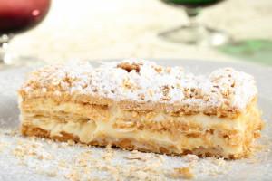 Заварной крем с кедровыми орешками для торта Наполеона
