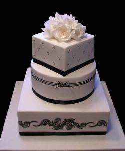 Как украсить свадебный торт – история одного торта-шаг 5