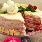 Торт Наполеон с маскарпоне и ягодами