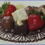 Украшения из шоколада – кружева. Сделайте десерт, достойный королевы! Видео