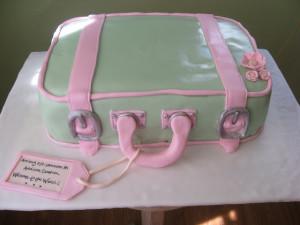 Торт Чемодан из мастики. Мастер-класс