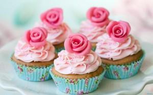 Десерт к 8 Марта. Идеи по украшению пирожных-шаг 1