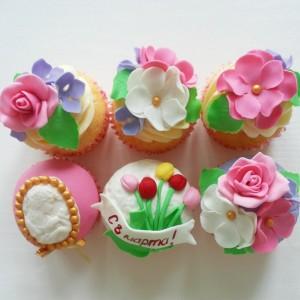 Десерт к 8 Марта. Идеи по украшению пирожных-шаг 2