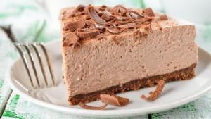 Торт-суфле шоколадно-творожный. Торт из печенья