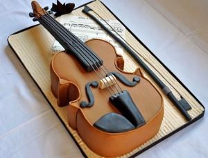 Торт из мастики Скрипка. Порадуем музыкантов!