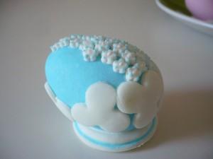Пасхальные яйца – делаем оригинальные украшения для торта-шаг 3